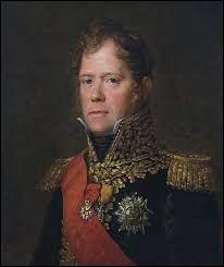 Quel ancien maréchal d'Empire fut jugé et exécuté pour avoir rallié Napoléon alors qu'il avait promis au roi de le ramener dans une cage de fer ?