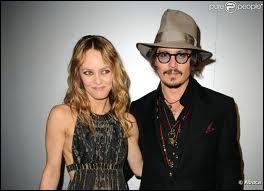 Combien de femmes ont eu des relations avec Johnny Depp avant qu'il ne rencontre Vanessa Paradis ?