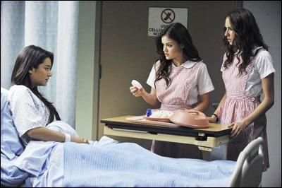 Pourquoi Emily se retrouve-t-elle à l'hopital ?