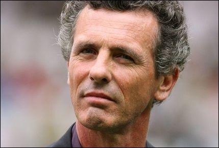 Athlète français spécialiste du saut à la perche. Détenteur, pendant quelques jours en 1983, du record du monde de la discipline avec 5, 82 m, il remporte, l'année suivante, le titre olympique