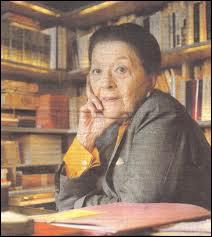 Quelle écrivaine obtient en novembre le prix Goncourt pour son roman ' Oublier Palerme ' ?