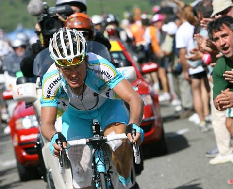 Avec ce coureur, on est sorti des schémas de courses stéréotypés. Dynamiteur attitré et ami de Jan Ullrich, il s'est permis en 2005 de gagner l'étape des Champs Elysées.