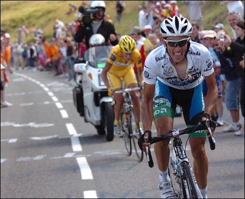 Ce coureur danois, controversé, n'a pas inquièté spécialement 'le boss', mais l'a suivi en haute montagne... au point de disputer un podium à Ullrich en 2005. Cet individu a été exclu du Tour 2007.