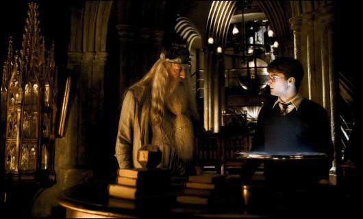 De quel tome vient cette photo de Albus Dumbledore et Harry Potter ? (Allez hop ! Un petit tour dans la Pensine ! )