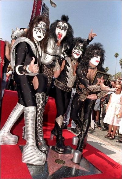 Quelle est la nationalité du groupe Kiss ?
