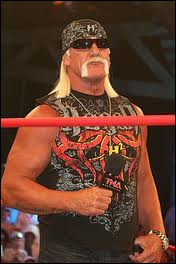 Quel est le finisher d'Hulk Hogan ?