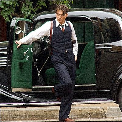 Film sorti en 2009, réalisé par Michael Mann. Depp interprète le rôle de John Dillinger, un braqueur de banques.