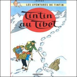 'Tintin au Tibet'' : Dans sa grotte, le yéti surprend Tintin qui essaie d'emmener Tchang. Qu'est-ce qui va effrayer l'homme-singe et provoquer sa fuite ?