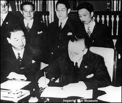 Le pacte tripartite Allemagne-Italie-Japon fait suite à quel traité signé en 1936 par l'Allemagne et le Japon ?