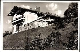 Quel est le nom de la résidence secondaire d'Hitler située dans les Alpes bavaroises ?