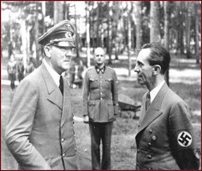 Comment s'appelle le ministre de la propagande d'Hitler, expert dans l'art de manipuler les foules ?