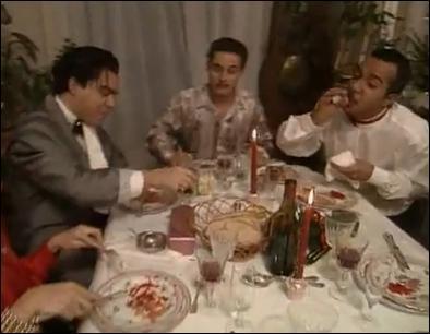 ''Soirée du nouvel an´ : Catastrophique pour celui qui reçoit (Bernard Campan). De quelle blessure ne souffre-t-il pas à la fin du repas ?