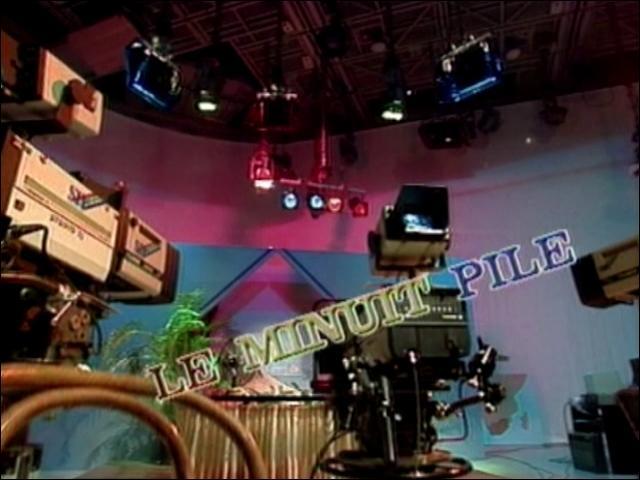 Qui présente le ''journal télévisé'' en Guadeloupe ?