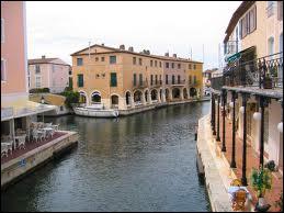 Quelle est la ville surnommée 'la Venise provençale' ?