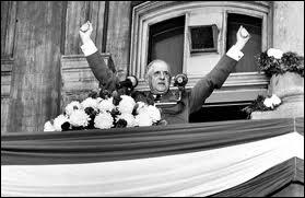 Quelle phrase De Gaulle a-t-il lancée à la fin d'un discours au Canada en 1967 ? (Elle entrainera une grave crise entre les 2 pays)