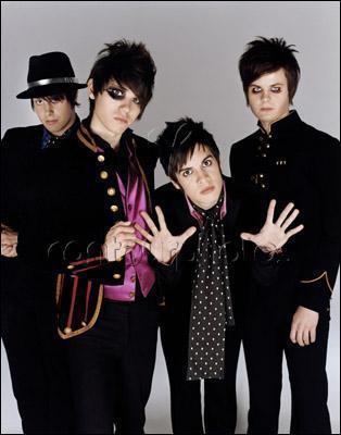 Quel groupe de rock, dont le single le plus connu est sans doute 'I Write Sins Not Tragedies', est originaire de Las Vegas ?