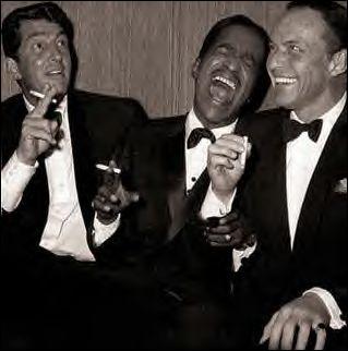 Parmi les suivants, lequel n'était pas membre du Rat Pack, groupe d'artistes menés par Frank Sinatra, qui hantait les rues de Las Vegas et se produisait très souvent sur la scène de certains hôtels ?