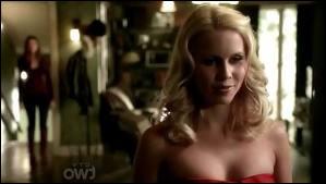 Qui tue Rebekah dans la saison 3 ?
