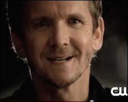 Qui est Mikael pour Klaus ?