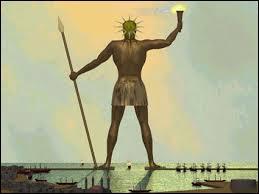 Quelle divinité gardant l'entrée du port représentait-il ?