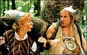 Qui sont les acteurs de cette photo ( Astérix & Obélix contre César ) ?
