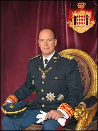 De quel Etat le prince Albert II est-il le souverain ?