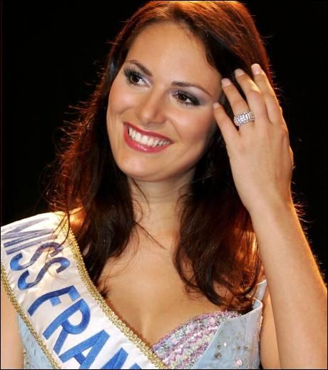 Comment s'appelle la Miss France 2004 ?