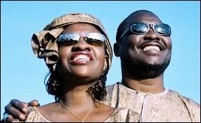 Les artistes maliens Amadou et Mariam ont chanté : ''Les dimanches à Bamako / C'est les jours de... ''