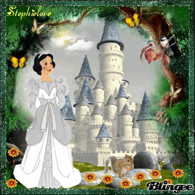 Qui est cette princesse qui a rendu jalouse sa belle-mére parce qu'elle était plus jolie qu'elle ?