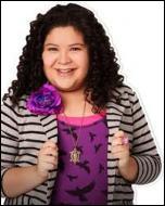 Qui est la meilleure amie d'Ally et la  manager d'Austin  ?
