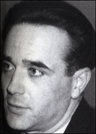 Assassin d'au moins 6 personnes, il fut le dernier à être guillotiné sur la place publique en 1939, à l'entrée de la prison de Versailles :