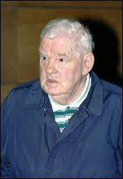 Après avoir été condamné à 20 ans de réclusion pour viol et torture de sa femme et de sa fille, il commettra 9 meurtres entre 1977 et 1981 dans l'affaire des 'disparus de l'Yonne' :