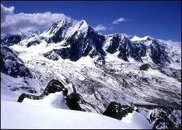 Géographie : quelle est la plus longue chaîne de montagnes du monde (+ de 7000 km) ?
