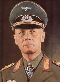 Comment s'appelait le général allemand, commandant en chef de l'Africa Korps, qui a soutenu l'armée italienne en Libye et en Egypte dans la 'guerre du désert' ?