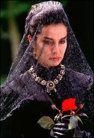 Quelle reine incarnait Anne Parillaud dans un film de Randall Wallace ?