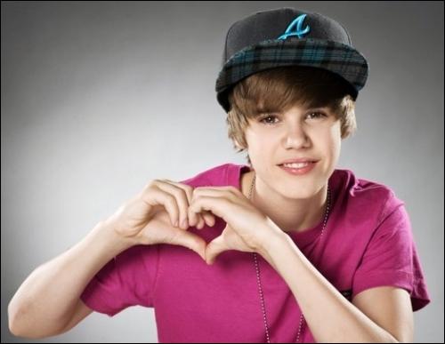 Avec qui Justin sort-il ?