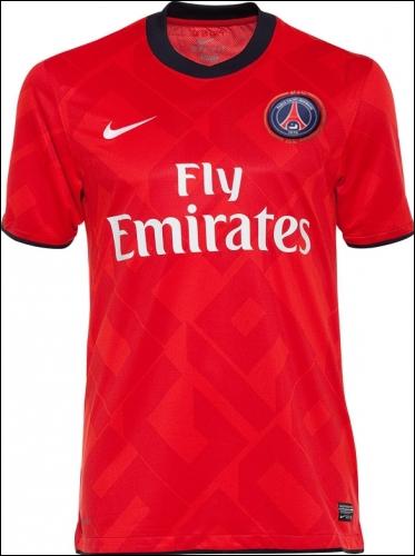 A quel club appartient ce maillot ?