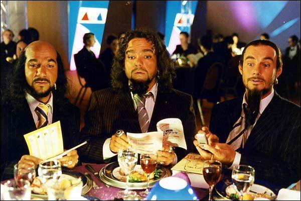 Dans ce film de 2001 avec Les Inconus il est question ... .