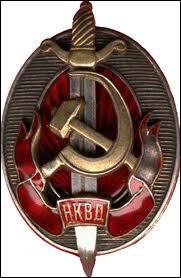 Comment s'appelait la police politique de l'URSS mise en place par Staline en 1934 ?