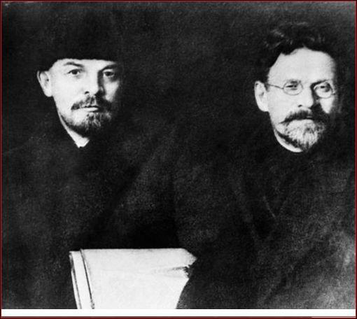 A quel grand héros de la révolution d'Octobre a-t-il succédé en 1924 au sommet de l'appareil soviétique ?