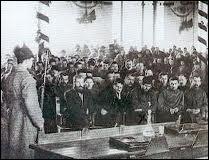 Comment a-t-on appelé les grands procès truqués de 1936 à 1938 visant à éliminer les bolcheviks historiques de la révolution d'Octobre et les hauts généraux de l'Armée rouge ?