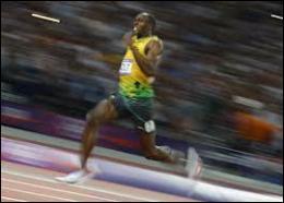 Qui est recordman du monde du 200m en 19. 19 ?