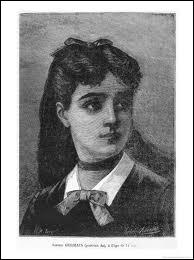 Elle fut une des premières mathématiciennes, qui dès l'âge de 13 ans se mit à étudier seule cette matière. Elle fut l'auteur d'importants travaux sur l'élasticité.
