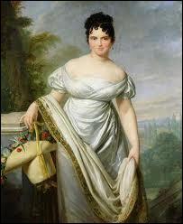 De son vrai nom Thérésa Cabarus, elle était cultivée. Son amant fit tout pour la sauver de la guillotine et participa à la chute de Robespierre. Elle était surnommée 'Notre-Dame du Thermidor'.