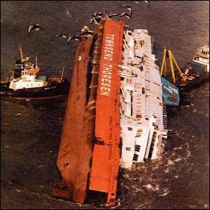 Mars 1987, naufrage du ferry Herald of Free Enterprise après son départ du port de Zeebruges, faisant 193 morts. Le motif est...