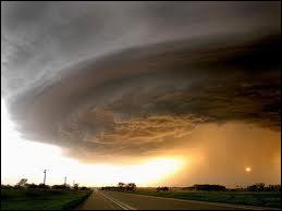 26 août 2005, l'ouragan Katrina ravage...