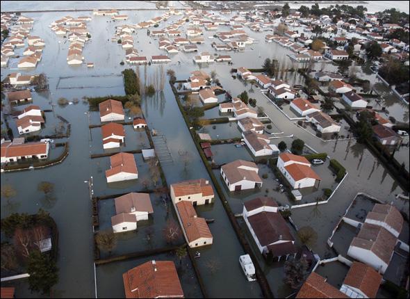 Février 2010, la Vendée, la Charente-Maritime et la Bretagne doivent faire face à la tempête...