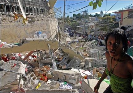 Le 12/1/2010, un séisme fait plus de 230 000 morts en Haïti en détruisant...
