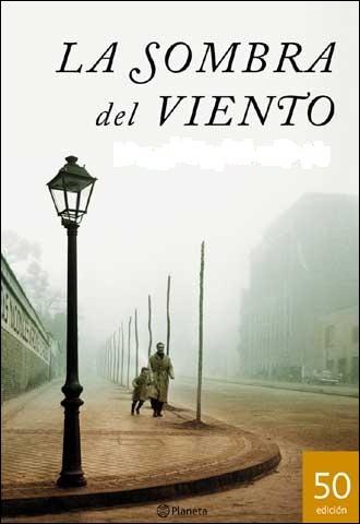 Un auteur espagnol de génie qui a écrit ' La sombra del viento ' ( l'ombre du vent).