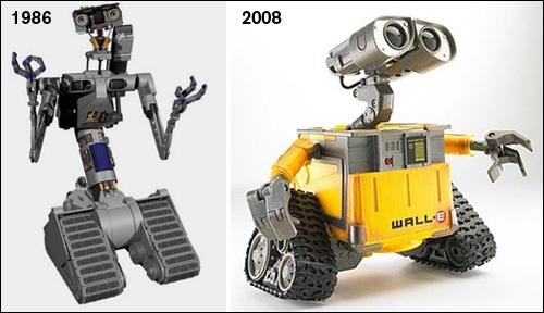 C'est le grand frère de Wall-E. Il apparait dans...
